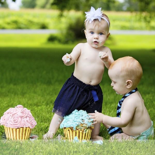 First Birthday Fun, Take 2 - Nora, Hudson, and Léo